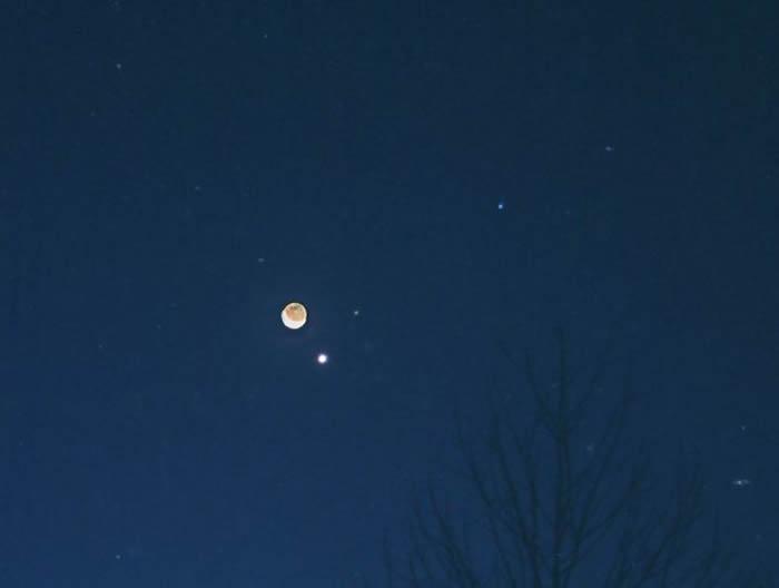 2017年9月18日金星合月