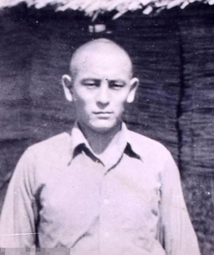 战俘营的日军守卫。