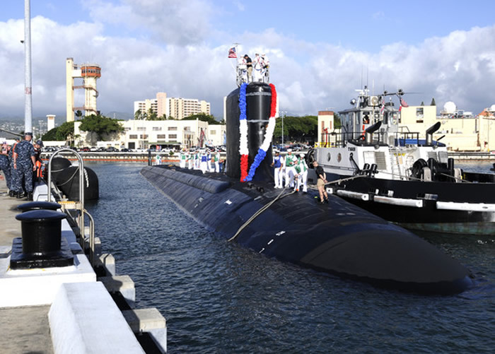 维吉尼亚级核动力攻击潜舰,北卡罗来纳号(North Carolina)。