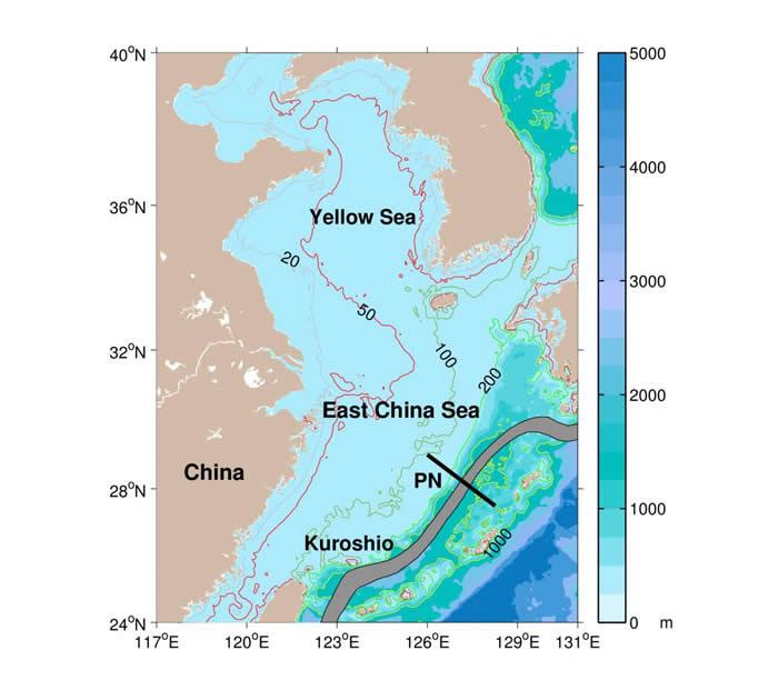 黄海与东中国海的地形图,以及黑潮路径和PN断面的位置