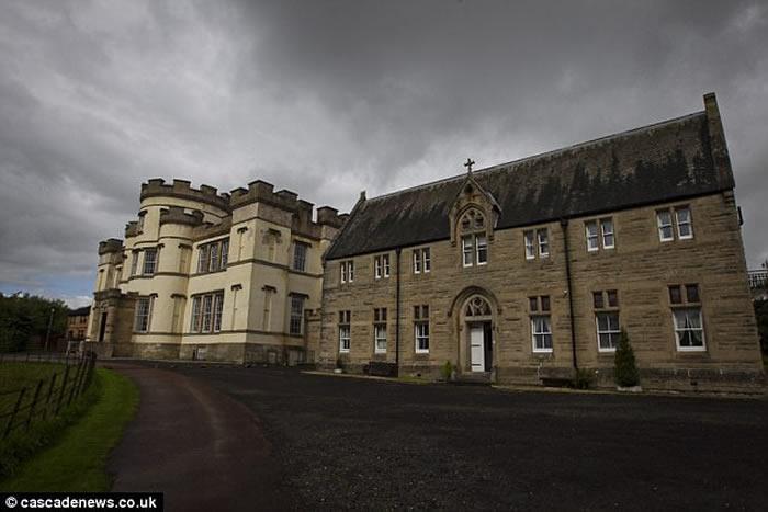 英国苏格兰天主教修女经营的斯麦伦孤儿院被爆曾长期虐待儿童