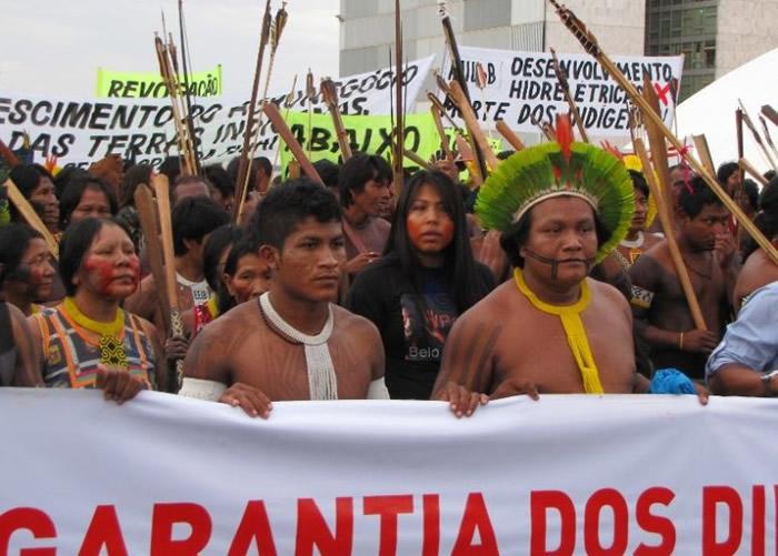 巴西原住民因为权益被忽视,多次示威抗议。