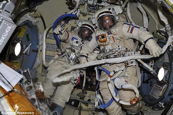 """研究发现人体免疫系统在太空会开启""""所有防御机制"""""""