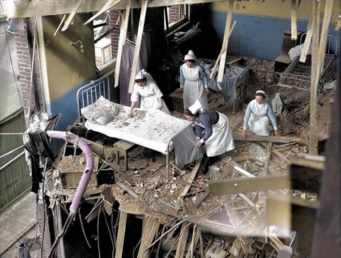 医院被炸毁。