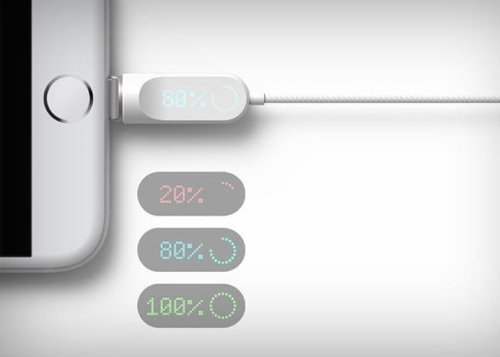 插头上有LED显示灯,以不同颜色和数字显示电量。
