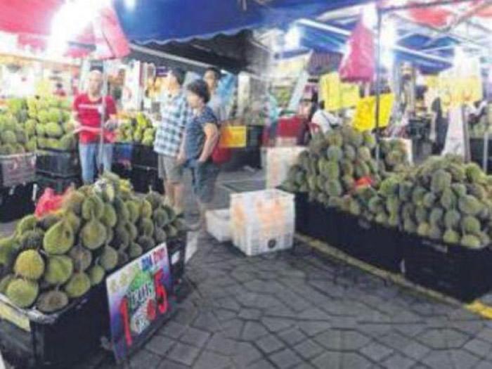 榴梿深受东南亚国家的人们所欢迎。