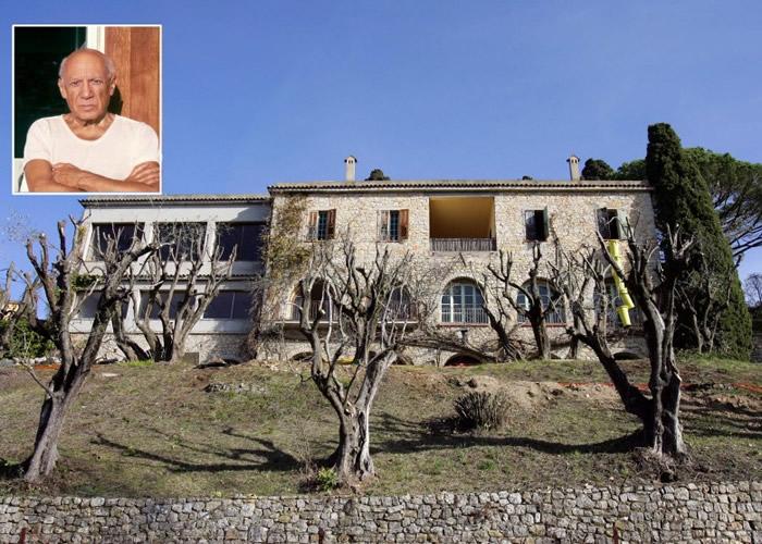 毕加索(小图)的最后故居大宅将拍卖。