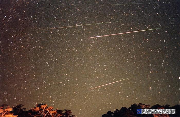 10月最大流星雨,猎户座流星雨周六迎来极大期。(示意图/台北天文馆提供)