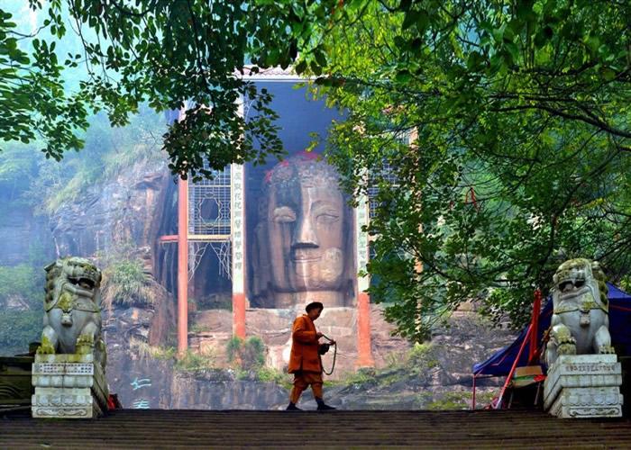 释心月认为,保护佛像不宜拖延。