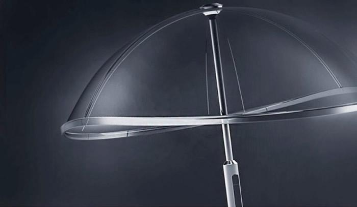 雨伞只有铝质主干,没有其他伞骨。