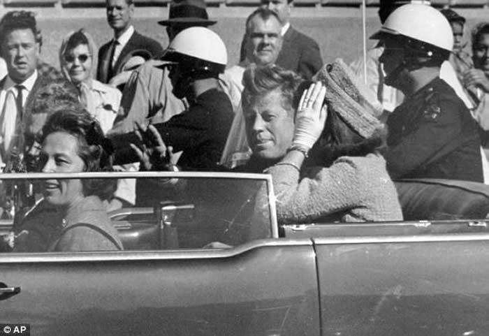 特朗普批准公开美国前总统肯尼迪被谋杀案机密文件