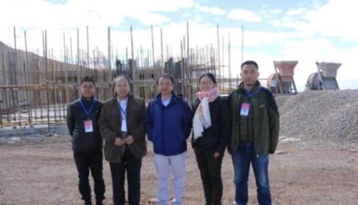 李虹(右二)表示,内地首个原初引力波探测站将于2019年投入使用。