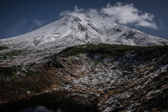 在众山连绵起伏的大雪山国立公园可见稀有动植物的踪迹、天然温泉,以及不计其数的健行步道 PHOTOGRAPH BY JAMES WHITLOW DELANO
