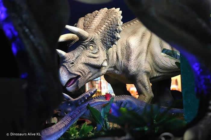 """马来西亚举办""""Dinosaurs Alive""""恐龙展 40只会动会叫栩栩如生的恐龙重返你面前"""