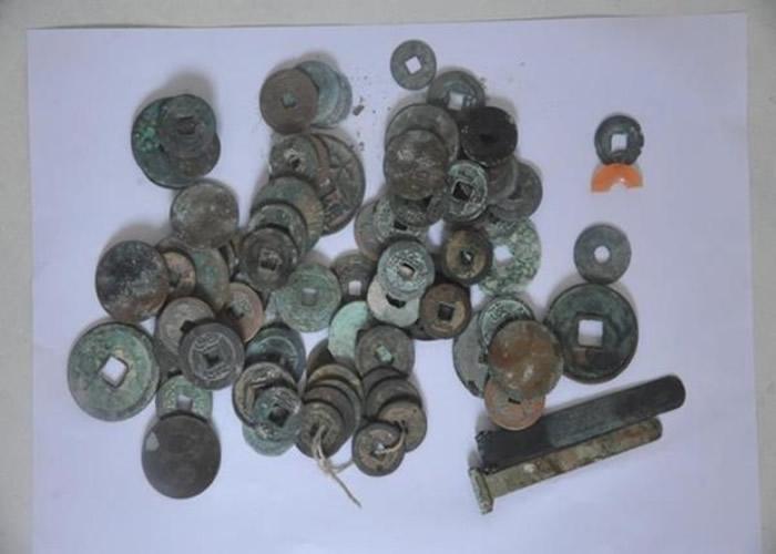 河南郑州破战国贵族古墓被盗案 逮9人缴逾百文物古董