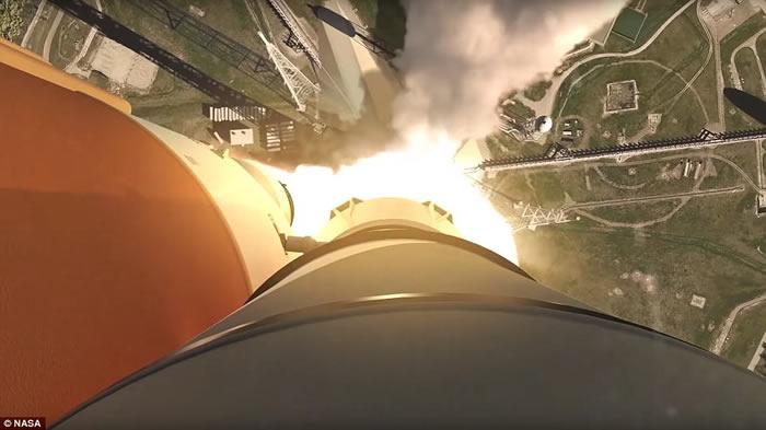 """美国NASA发放""""太空发射系统""""发射模拟片段 未来SLS巨型火箭升空极震撼"""
