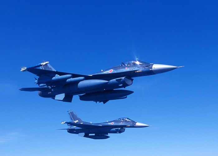 """日本F-2战机或是""""日版战斧""""的发射平台。"""