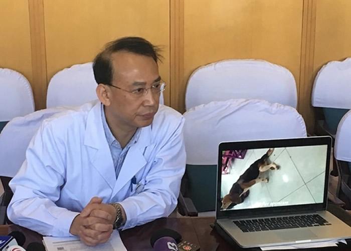 任晓平曾播放狗只完成脊髓损伤重生的试验影片。
