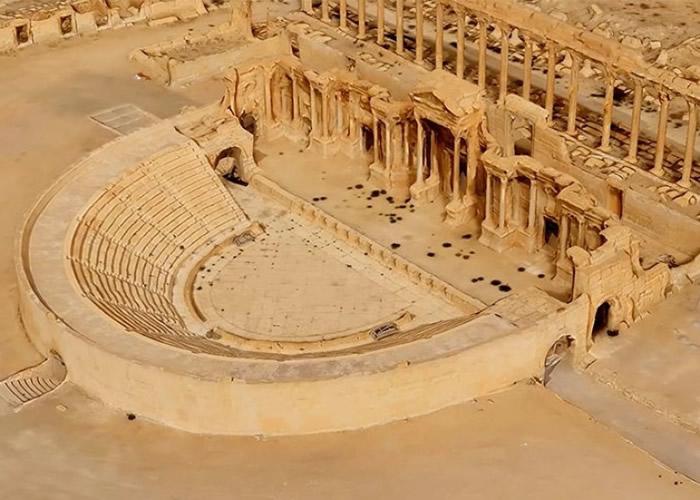 """研究人员利用3D模型技术""""还原""""古城原貌。"""
