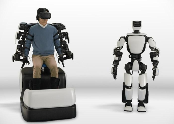"""日本丰田汽车公司宣布成功开发人形机器人""""T-HR3"""" 与操作者动作同步"""