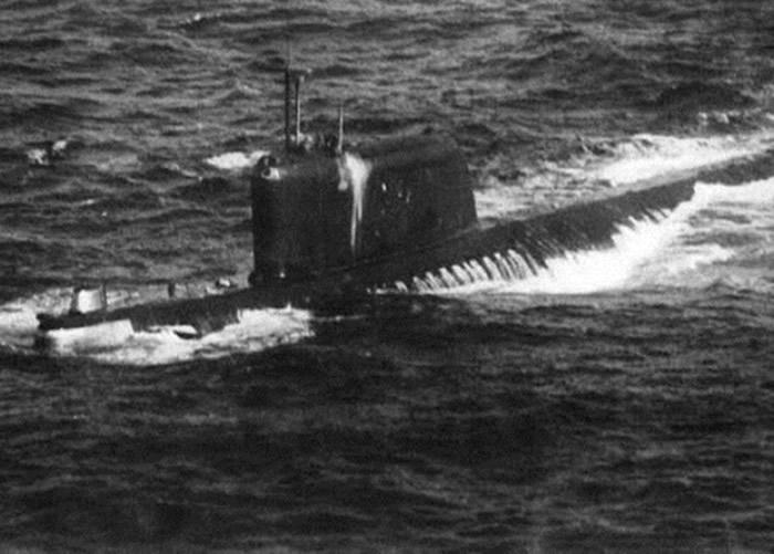 K-19号的反应堆故障,部分船员死于辐射。