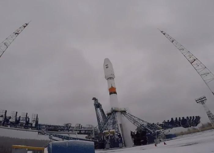 消息指,有技术员忘记在电脑程式中输入发射地点,令火箭向错误方位推进。