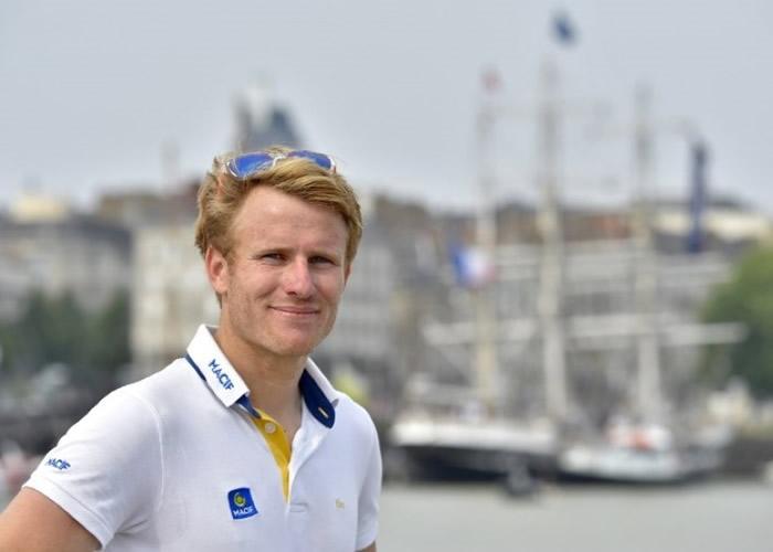 格尔巴尔特刷新最快环球航行的世界纪录。