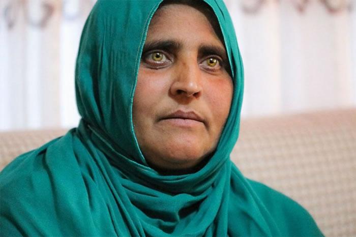 夏帕特.古拉被全世界称为「阿富汗少女」,她今年45岁,育有四个孩子。 COURTESY ADMINISTRATIVE OFFICE OF THE PRESIDE
