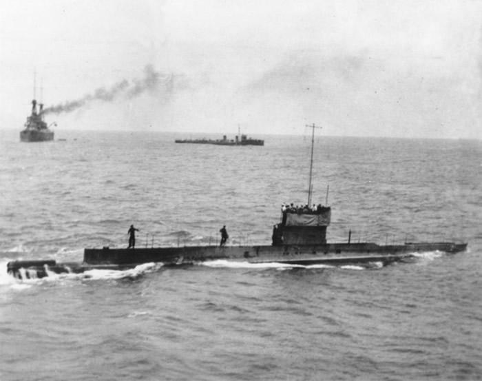 AE1沉没前的最后照片。