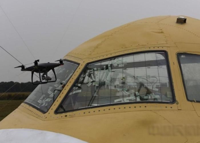 无人机威胁航空交通的安全。