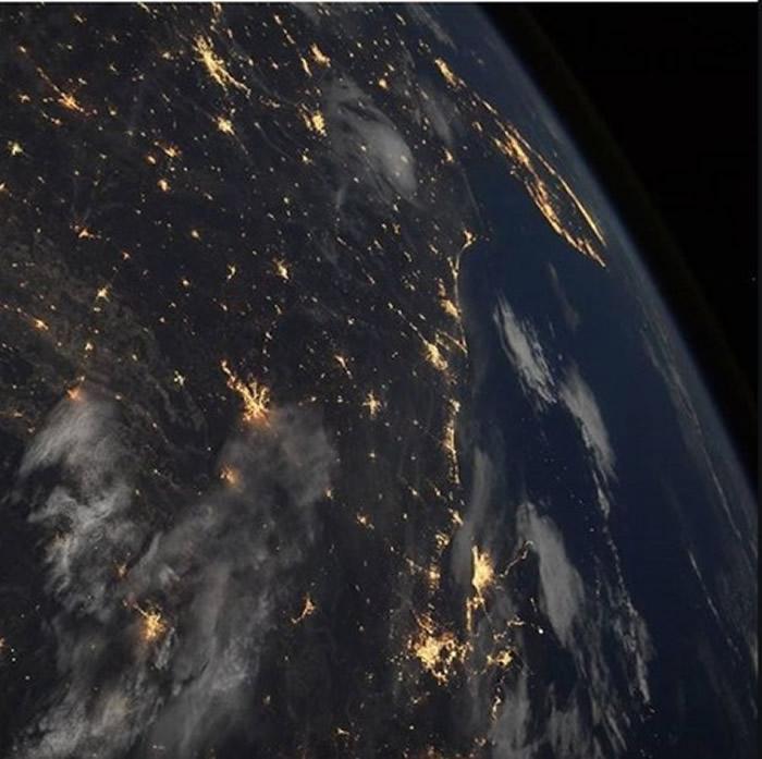 NASA公布第3名的照片,我们之间。