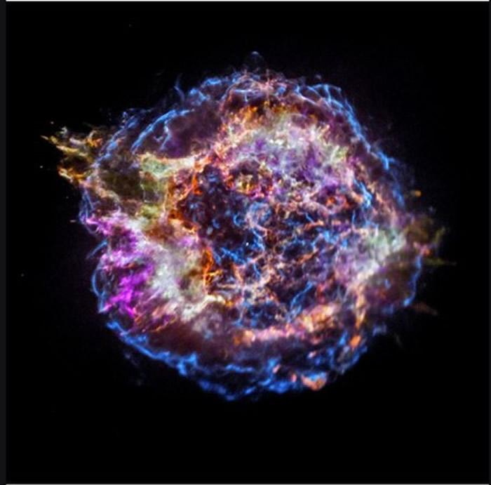 NASA公布第7名的照片,「仙后座A」的元素残骸。