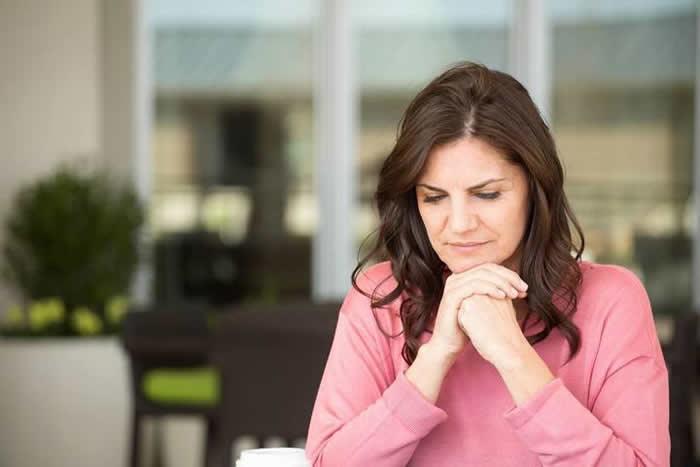 研究发现子宫切除与长期健康风险的增加有关联