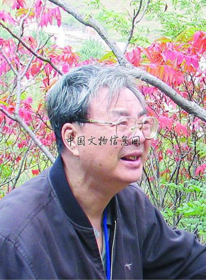 张森水先生在野外留下的最后一张照片(2007年10月在沂源考察)