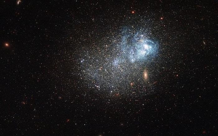宇宙诞生138亿年是怎样算出来的?