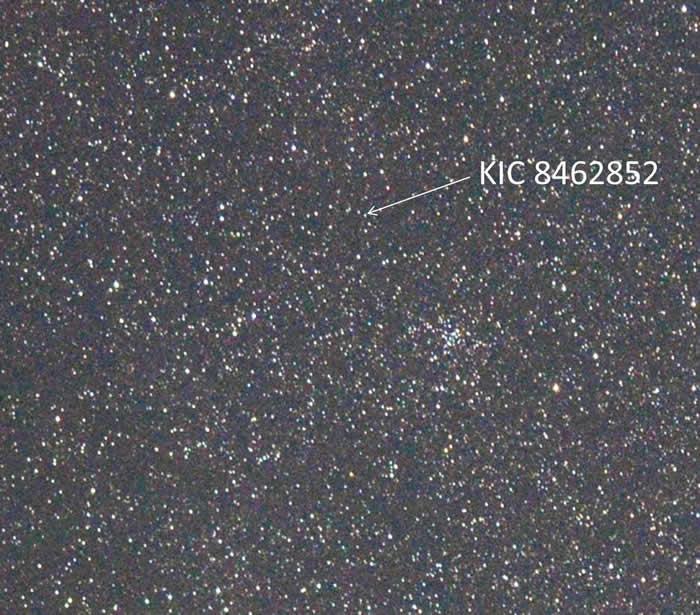 """""""塔比之星""""KIC 8462852巨大外星建筑之谜揭密?原来不是外星人"""