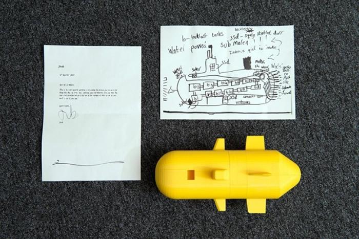雅各布将设计图寄给英国国防科技实验室。