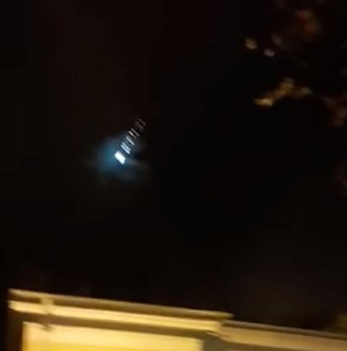 俄罗斯学者:一颗火流星在索契地区上空爆炸燃烧