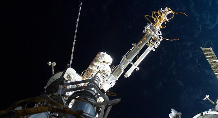 国际空间站宇航员出舱进入外层空间进行维修作业的时间推迟到二月中旬