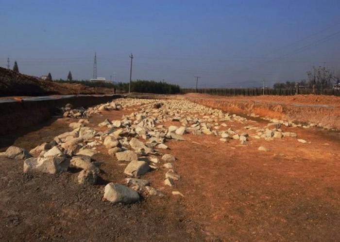 良渚古城西城墙。
