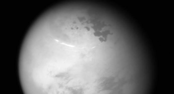 """土星的卫星——""""泰坦""""大气层中发现能证明微生物存在的物质""""丙烯腈"""""""