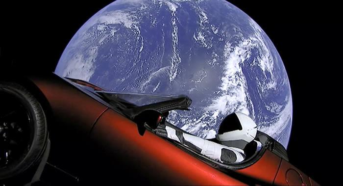 成功发射升空的特斯拉跑车获卫星编号43205