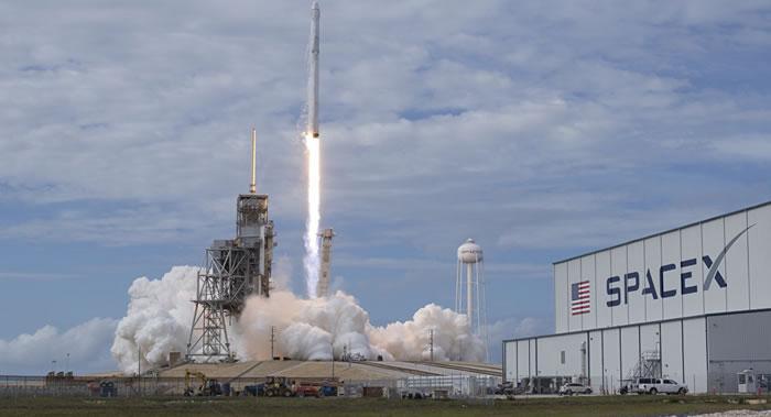 SpaceX再次推迟两颗全球互联网接入测试卫星的发射