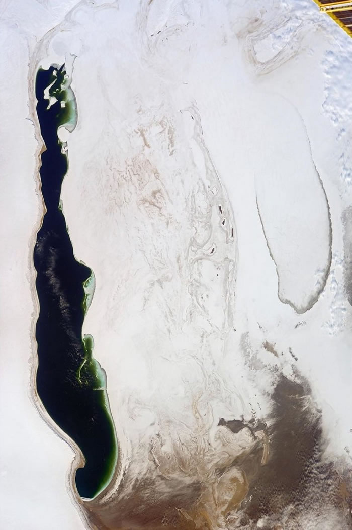 俄罗斯宇航员在图享(Instagram)上发布从地球轨道上拍摄的咸海照片