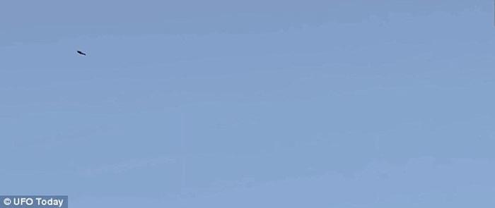 珠穆朗玛峰上空也曾现UFO踪影?