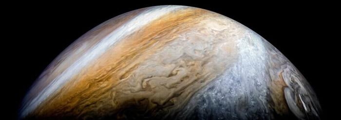 网民可一睹木星北极至南极的面貌。