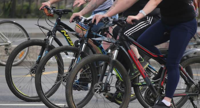 科学家查明骑自行车是如何影响到人的衰老过程