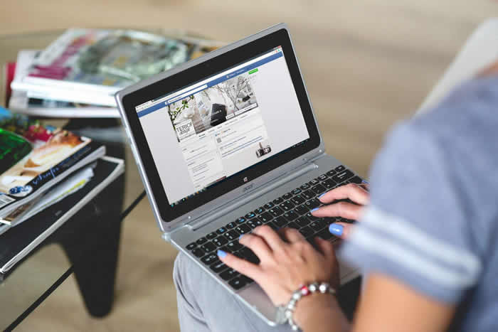 《BMC公共卫生》:社交媒体的使用对青春期的男孩和女孩会产生不同的影响
