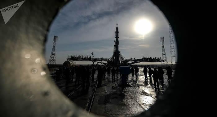 俄罗斯国家委员会已在拜科努尔确定国际空间站的新成员名单