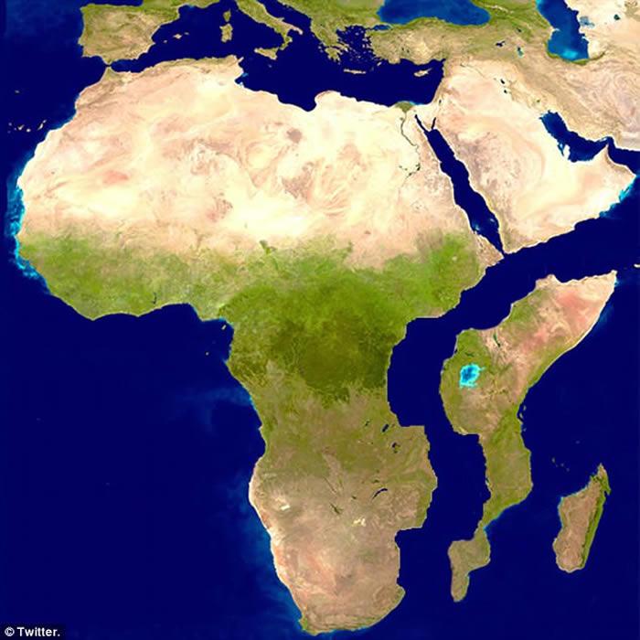 肯尼亚突现数公里大裂缝 非洲大陆恐一分为二